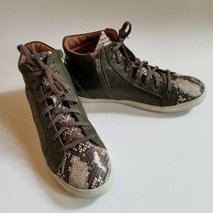 Steven by Steve Madden Fashion Hightop Sneakers